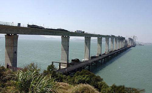 福建平潭海峡大桥有望年底通车