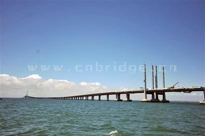 青岛海湾大桥胶州连接线工程雏形初现