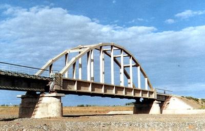 兰新线昌吉河桥