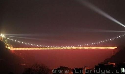 湖南湘西矮寨大桥 湘西矮寨大桥鬼结婚 湘西矮寨大桥图片