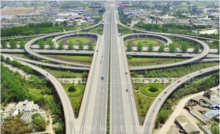 雅西高速,广巴广南高速公路连接线建成通车