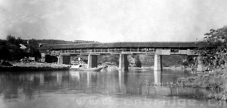 根据获选的浙江省古建筑设计院的概念性设计方案,重建的鄞江桥长