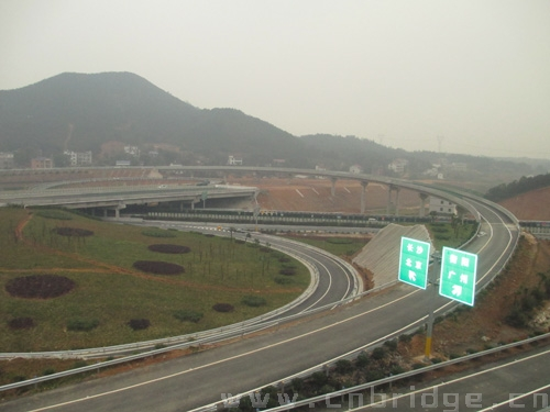 南岳高速与京港澳高速联络线互通--大源渡互通-湖南直达景区南岳高速