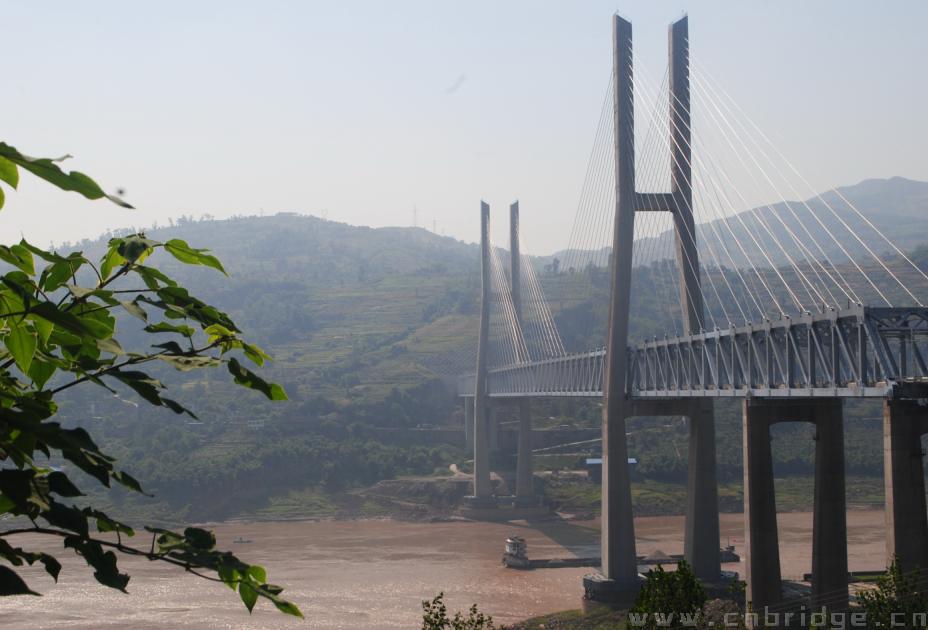 世界首座双线铁路斜拉桥