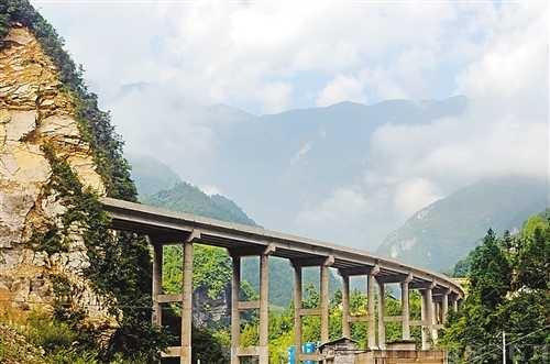 重庆奉节至巫溪高速公路正式建成通车