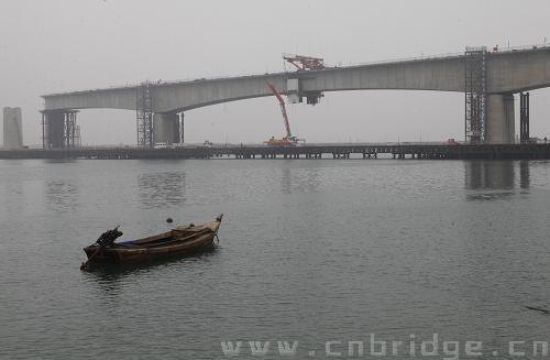 威海双岛湾跨海特大桥主跨连续梁合龙