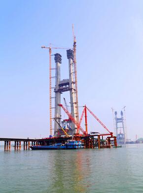 长江航运沿途的老式信号塔