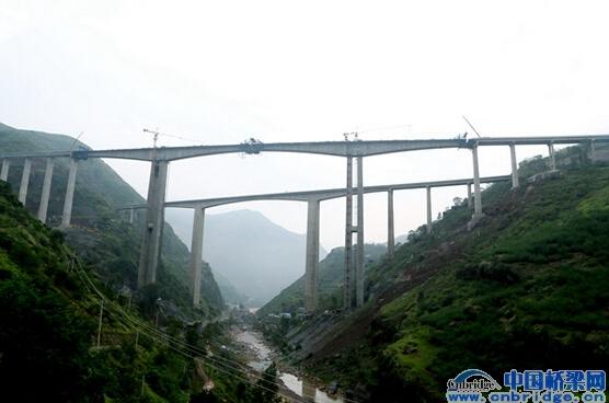 会高速公路桥梁建设综述