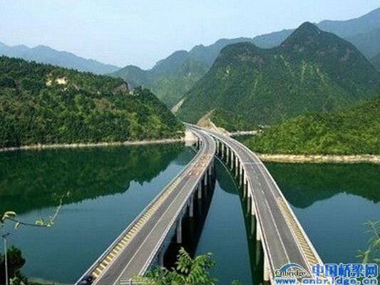 更换桥梁伸缩缝@@三门湾大桥及接线工程(台州段)正式